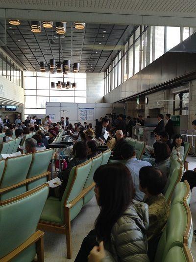山大病院ロビ-コンサート