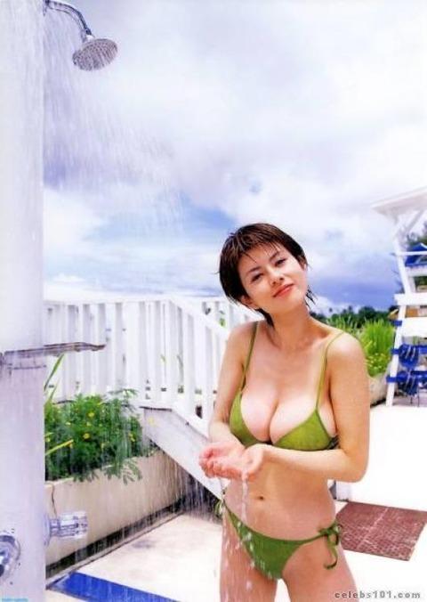 Kasumi Iwama-photo-wallpaper-1