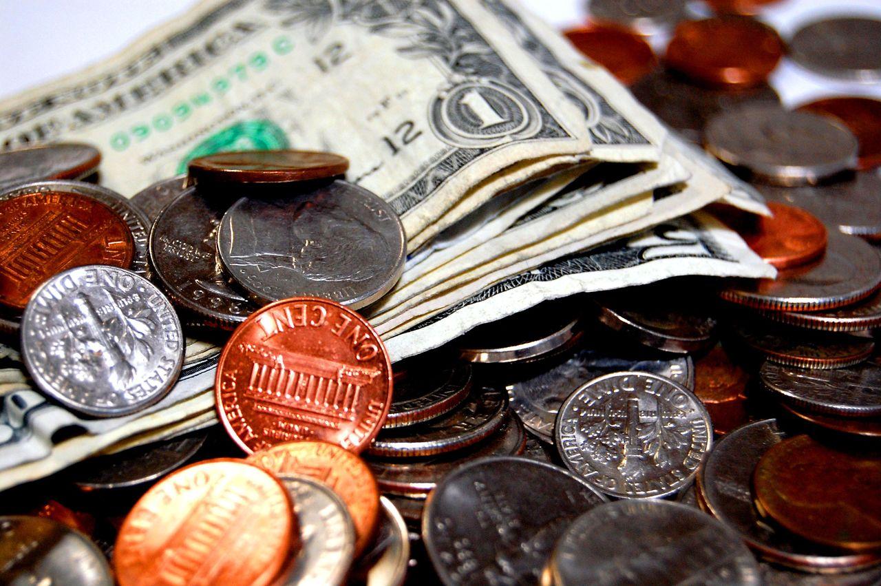 バッバ「2,000万円の豪ドル建て保険に加入したら180万円も損失が出た。」外貨建て保険に関するクレームが6年で4倍に増加!