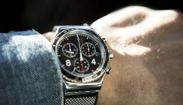 腕時計しないのは損?男性が腕時計している人に「好印象を持つ理由」がこちら→
