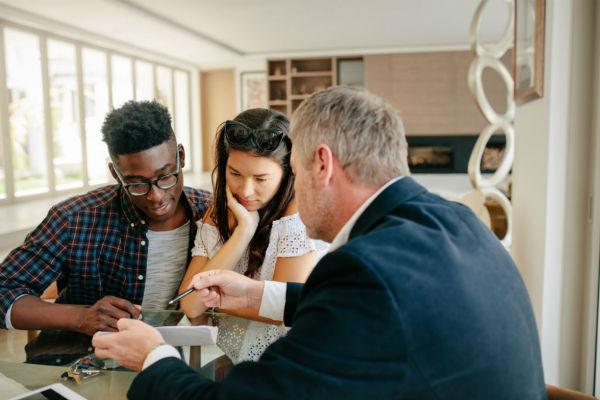 住宅ローン「変動金利」と「固定金利」、どちらが我が家に向いている?