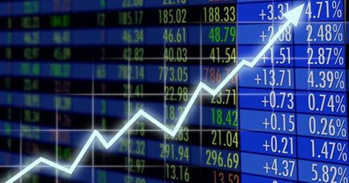 経済指標は前年割れ一色だが…官...