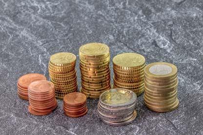 money-3918273_640