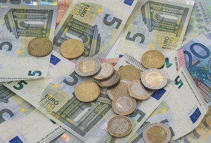 money-1128172_640