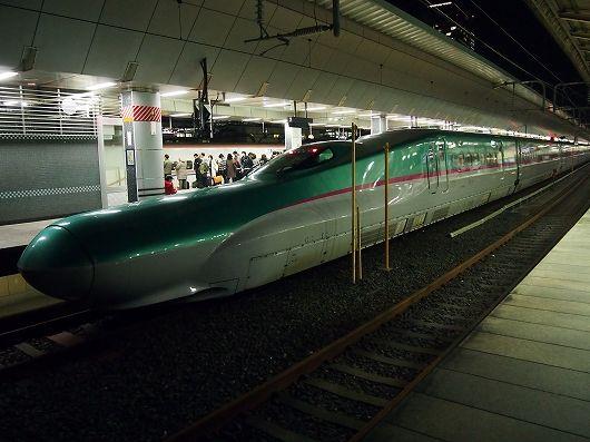 E5系東京駅20160219