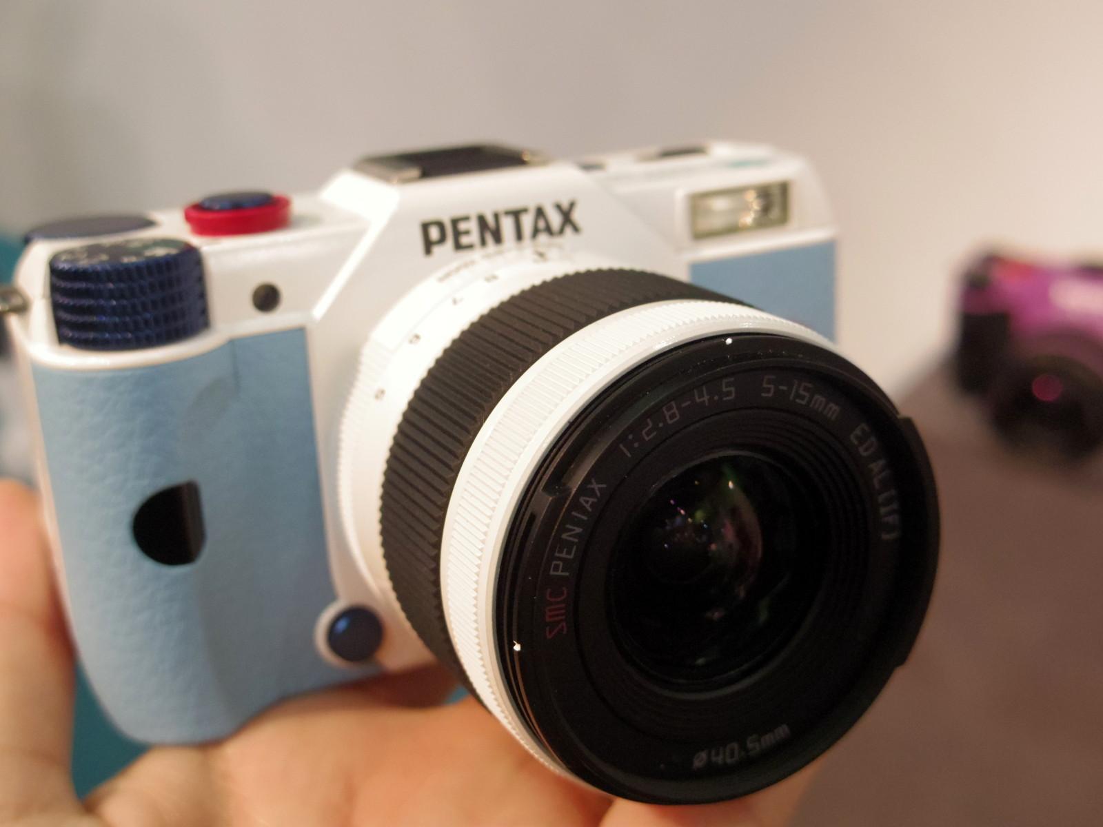 PENTAX Q10 エヴァンゲリオンモデル