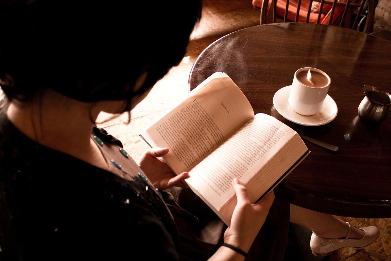 ニコ生速報冬の夜長に読書はいかが?読書家生主がオススメする、絶対読んでおきたい本10選!コメントコメントするトラックバック