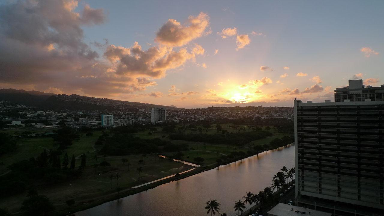 2016年 ハワイ 15日目 空港沖の潜水艦他