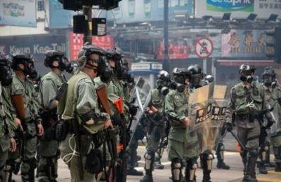 香港 「緊急法」発動