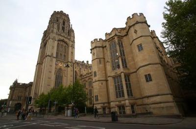 イギリス ブリストル大学