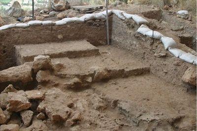 ミスリア遺跡 焚火の跡
