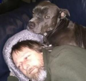 Greg manteufelさんと飼い犬