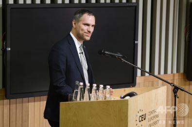 チェコ プラハのズデニェク・フジブ市長