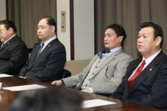"""貴乃花理事解任問題 スポーツ紙で""""代理戦争""""勃発"""