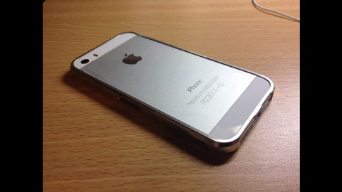 iPhone用バンパーケース