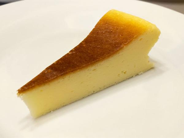 11チーズスフレケーキ