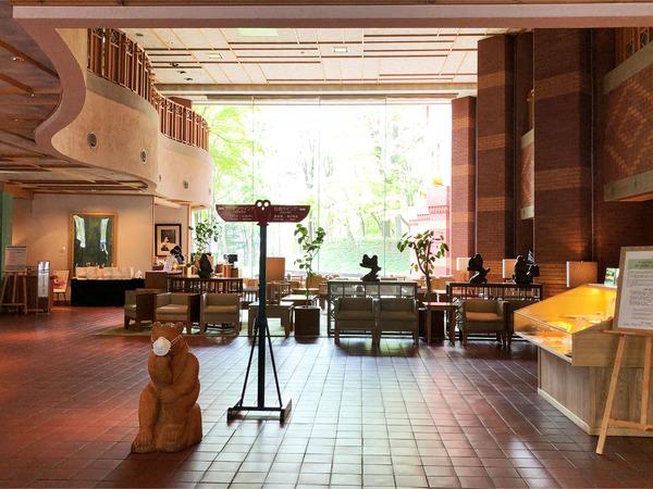 09ホテルロビー