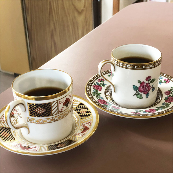 01左:トラジャコーヒー・右:タンザニア