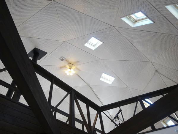 20ドーム型の店内天井