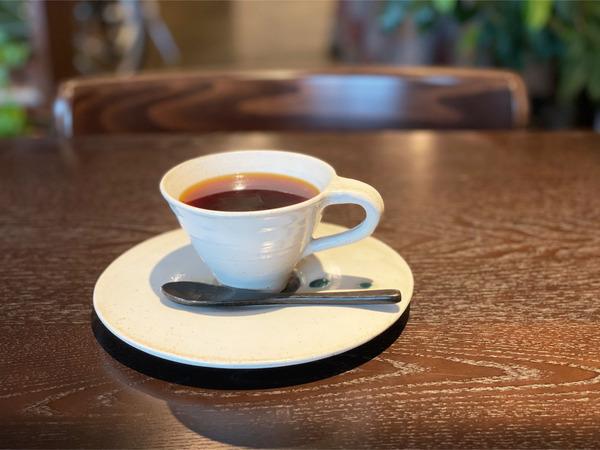 12ネパール産の生豆の自家焙煎コーヒー(ランチ後は220円)