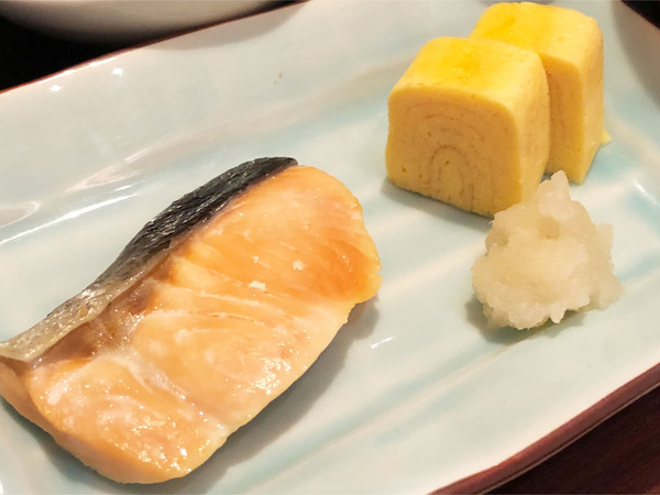 19道産鮭の塩焼き 出汁巻き玉子 染めおろし