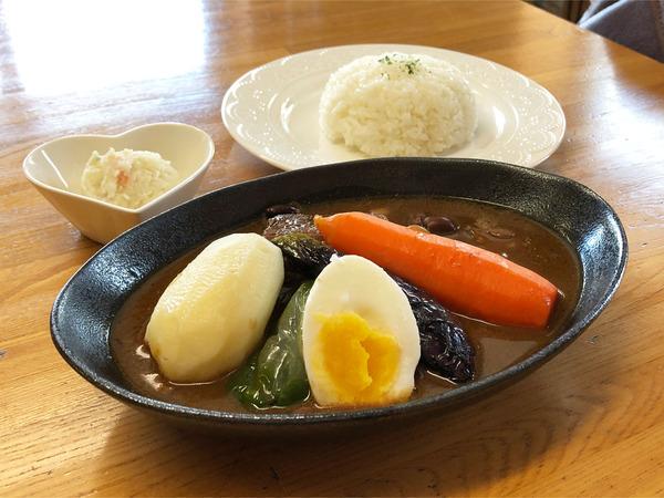 01スープカレー(1480円)