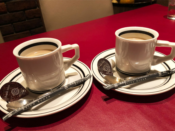 05レギュラーコーヒー(440円)