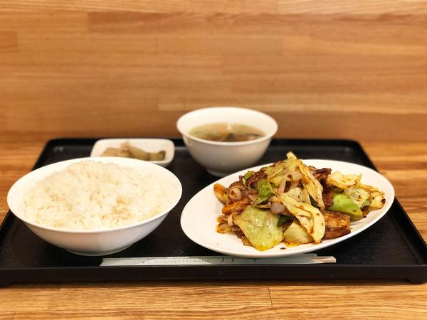 01ホイコーロー定食(880円)