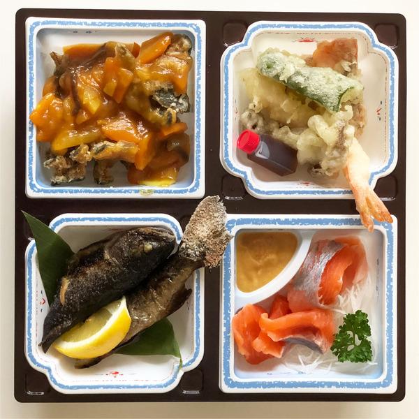 02特製にじます弁当・ご飯なし(1620円)