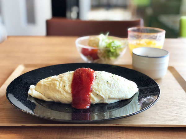 01十勝音更産米艶卵のオムライス~ケチャップ~ALLセット(1144円)