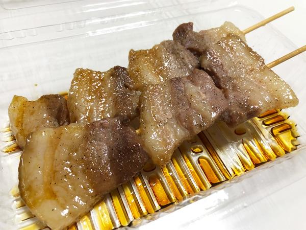 02黒豚串(5本1000円)