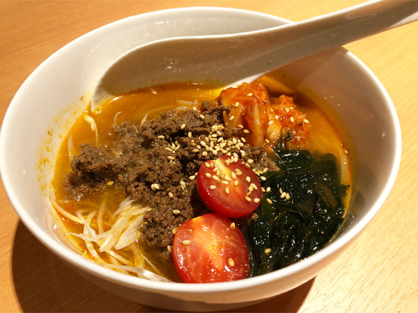 15冷麺(660円)