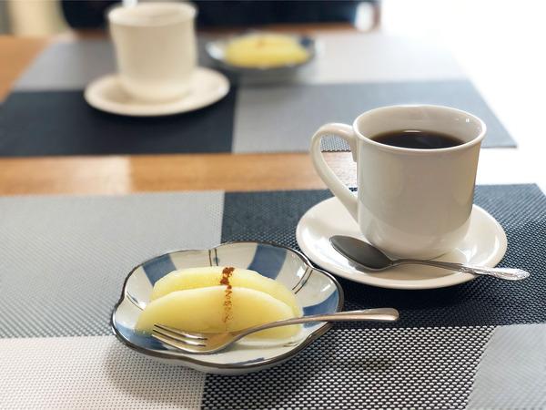 11食後のデザートとコーヒー