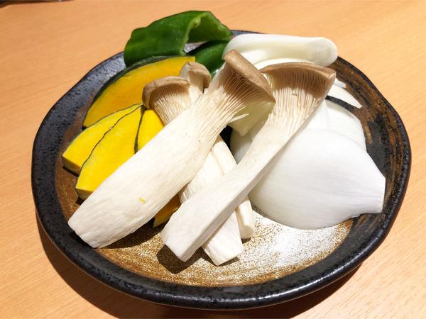 14焼き野菜盛り合わせ(360円)