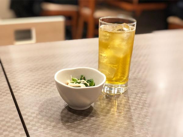 02緑茶とお通し
