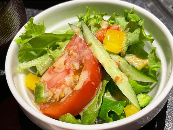 08定食のサラダ