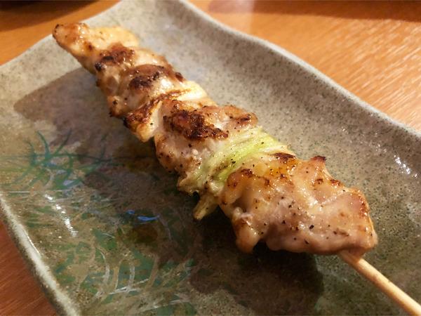 03鶏串(164円)