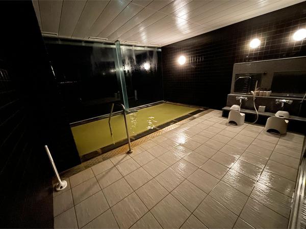 27天空貸切風呂_2・夜の浴場