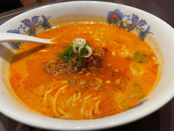05四川担々麺(880円)