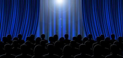 curtain-2757815_640