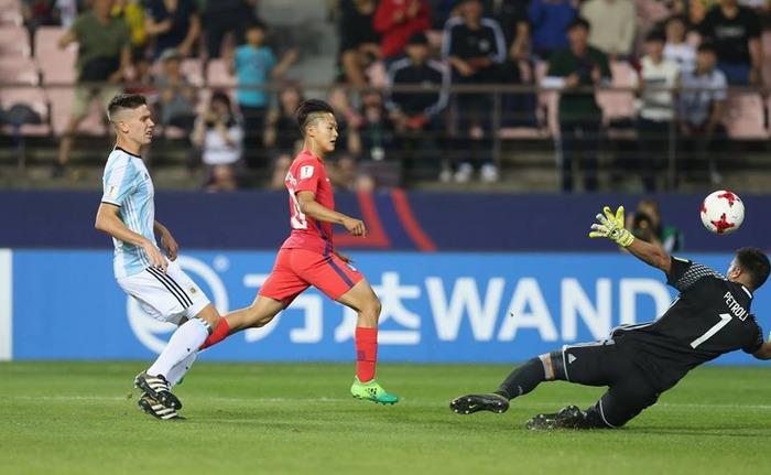 (U20W杯)韓国がアルゼンチンを倒し16強入り(海外の反応)