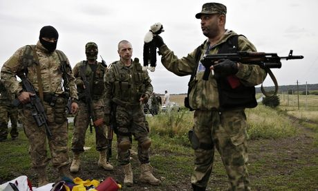 親ロシア派が収容された乗客の遺体をすべて強奪(海外の反応)