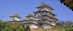 テロか?何者かが日本の城をドローンで攻撃【海外の反応】