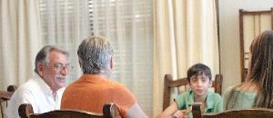 両親に寄生する日本の若者が急増→「なにか問題でも?」【海外の反応】