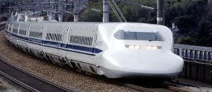 鉄道ファン勝利。東海道新幹線の運転士が足上げ運転【海外の反応】