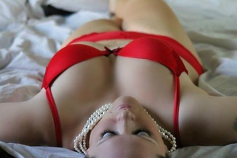 girl-254708_640