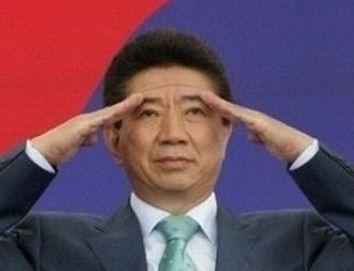 韓国人「盧武鉉大統領を復活させてください」