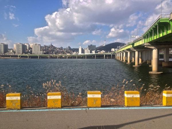 韓国の街角の風景-34