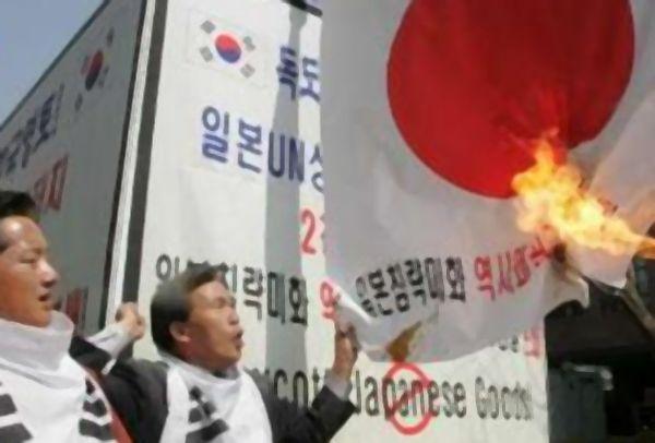 韓国人「反日には一生懸命なのに、なぜ中国に対