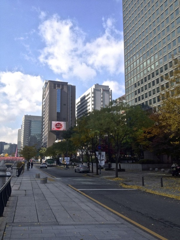 韓国の街角の風景-32